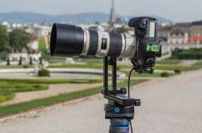 Kameramontage mit Objektivschelle